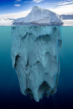 iceberg-with-underwater-view-picture-id541866180